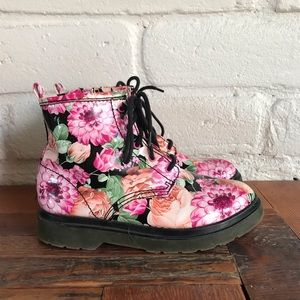 Steve Madden Floral Combat Boot Doc Marten Doctor